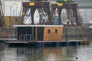 Dźwigozaury i houseboat